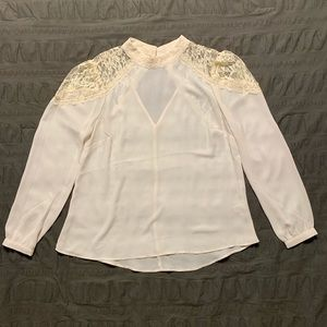 Lace shouldered off white blouse